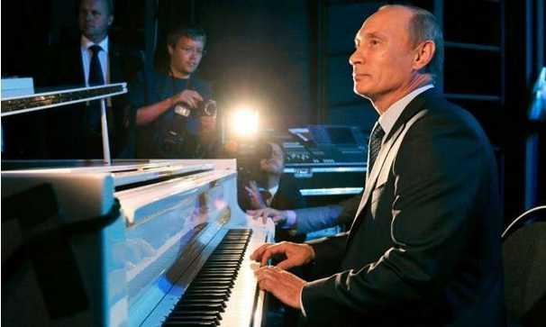 بوتين يحتفل بالذكرى الـ65 لميلاده