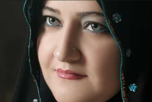 حوار مع الأديبة الأردنية د. سناء الشعلان .. حاورتها: د. هـناء زيادة